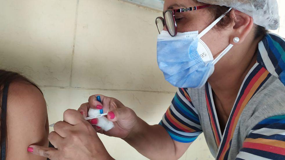 Vacuna COVID-19 en Santa Fe: piden doble declaración jurada por comorbilidades