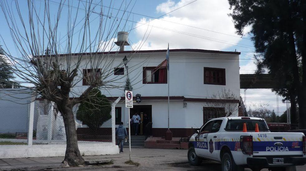 Asaltaron dos vehículos a pocos metros de la comisaría del barrio El Tribuno