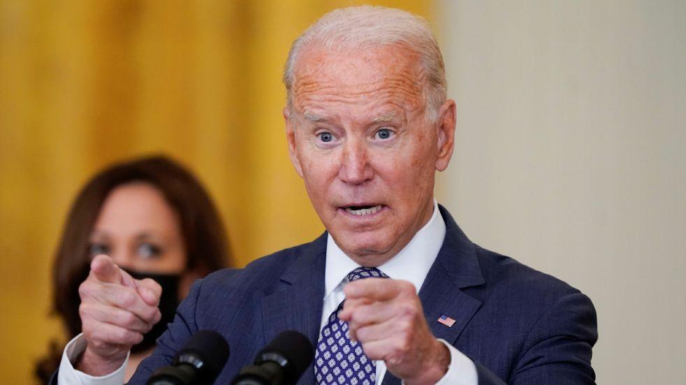 """Joe Biden, sobre los atentados en Kabul:  """"Los cazaremos y los haremos pagar"""""""