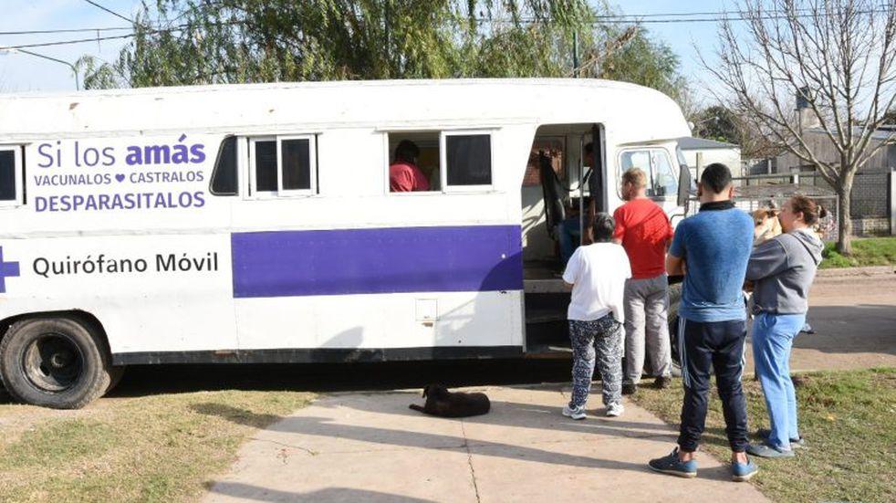 """El """"Quirófano Móvil"""" visita barrio Güemes"""