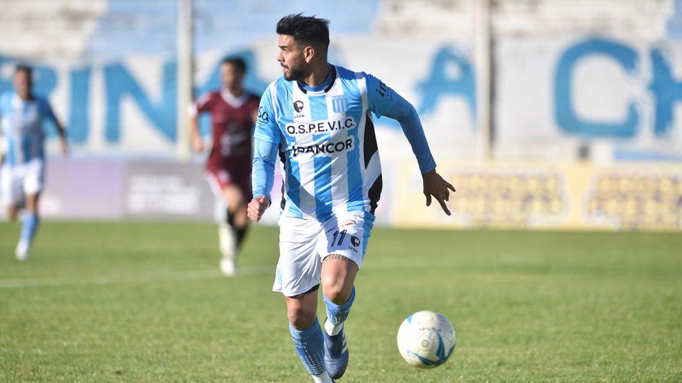 Racing de Nueva Italia recupera a Diego Jara; y espera al Nano Martínez