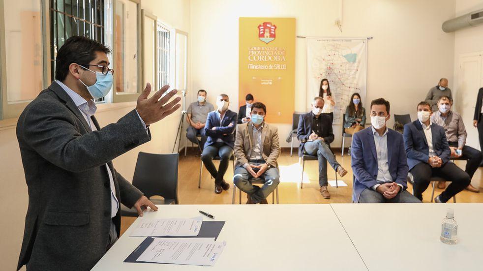Invierten en 12 hospitales municipales para fortalecer el sistema sanitario en Córdoba