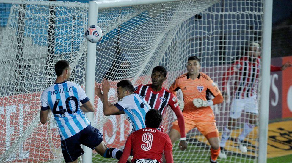 Copa Libertadores: Racing mereció un poco más pero empató sin goles ante San Pablo en Avellaneda