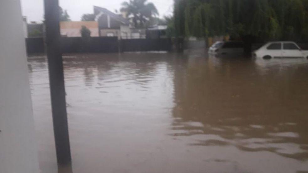 Marcos Juárez: tras el temporal relevan daños y asisten damnificados