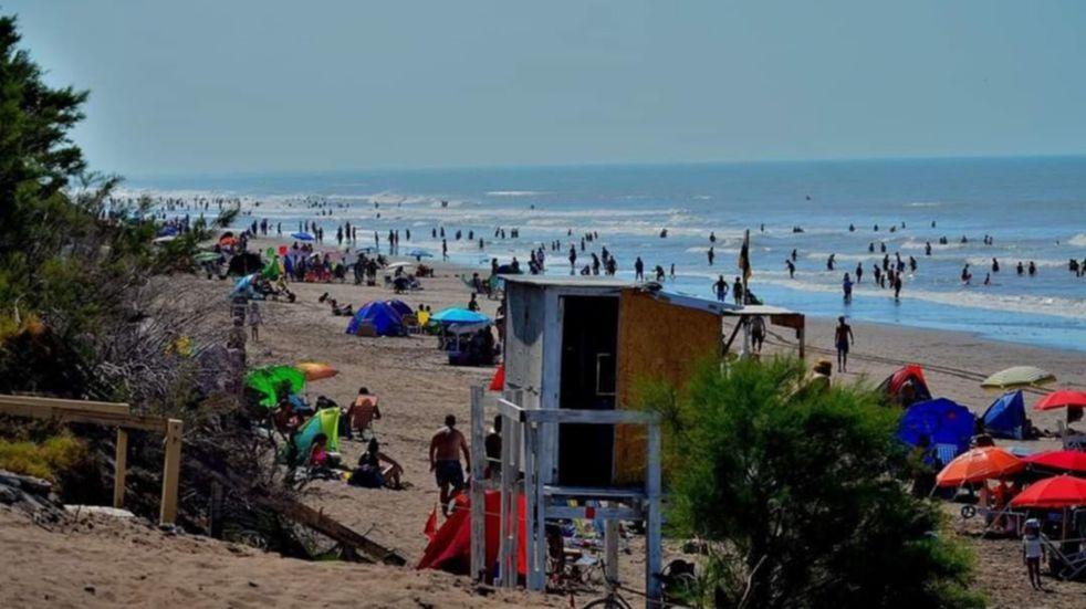 35 mil personas ingresaron a Pehuen Co el fin de semana largo
