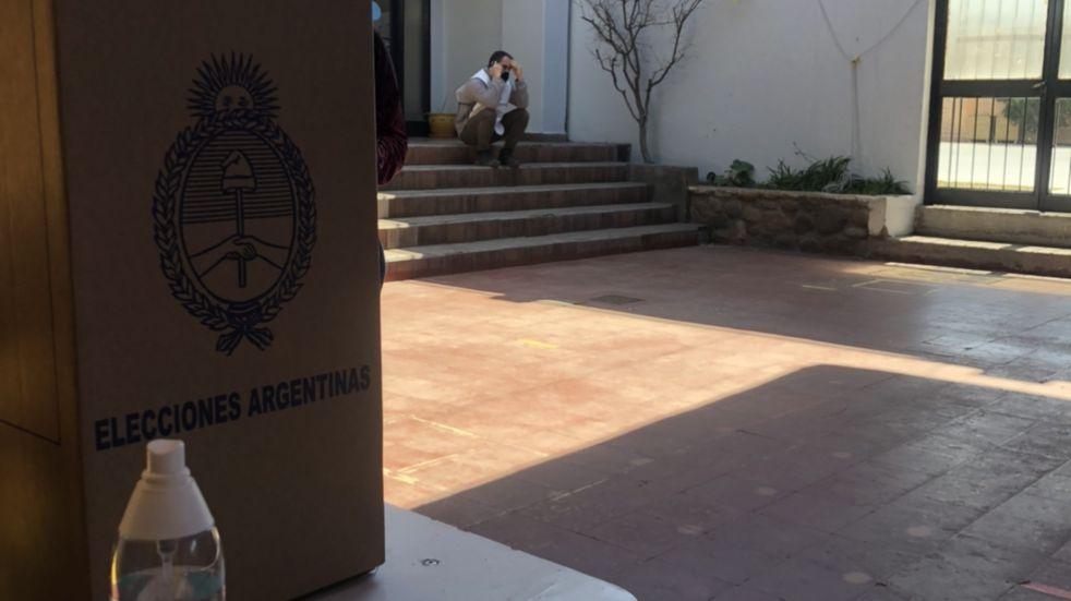 Del otro lado de la mesa: la experiencia de una presidente de mesa en las PASO 2021