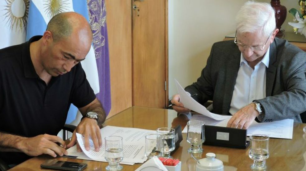 La UNC y Mercado Libre firmaron un convenio y desarrollarán tecnologías relevantes para el país