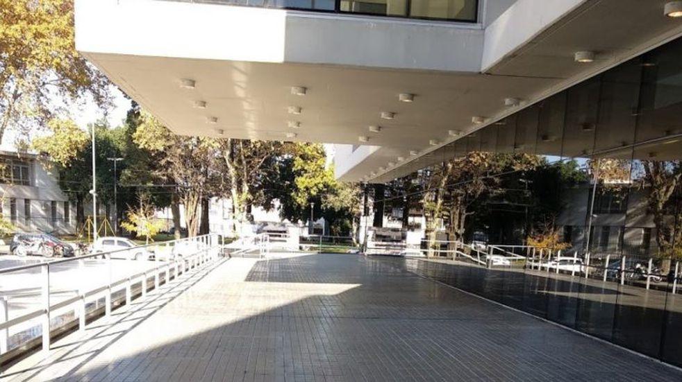 La audiencia para tratar el caso en el Centro de Justicia Penal de Rosario pasó a cuarto intermedio. (Leandro Strappa)