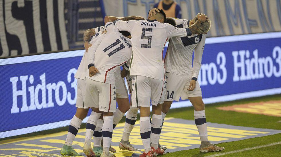 Vélez goleó a Godoy Cruz 3 a 0