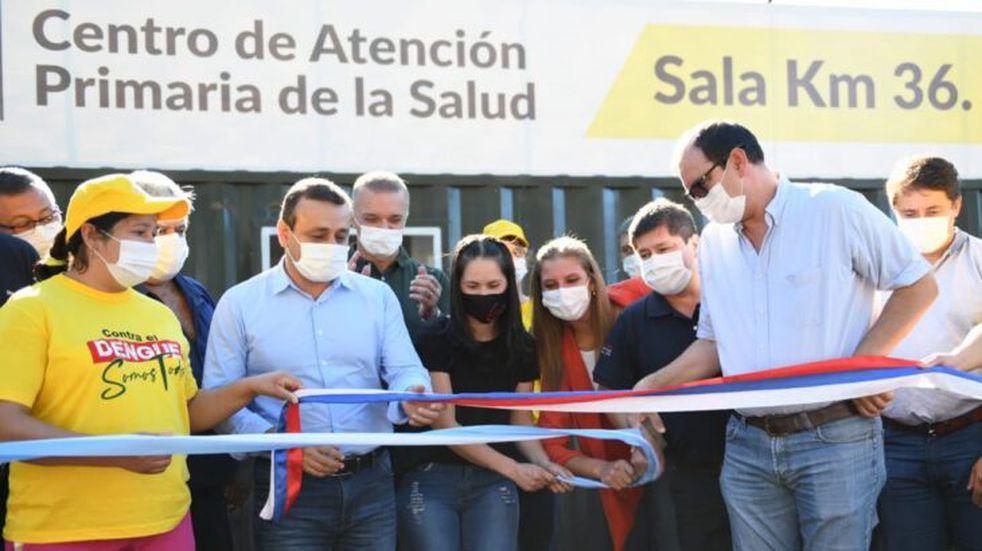 Inauguraron un innovador CAPS y entregaron una ambulancia en Santiago de Liniers