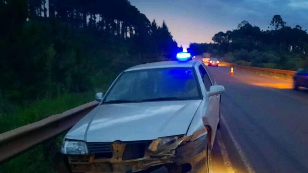 Campo Ramón: maneja alcoholizado y despistó con su auto en la ruta