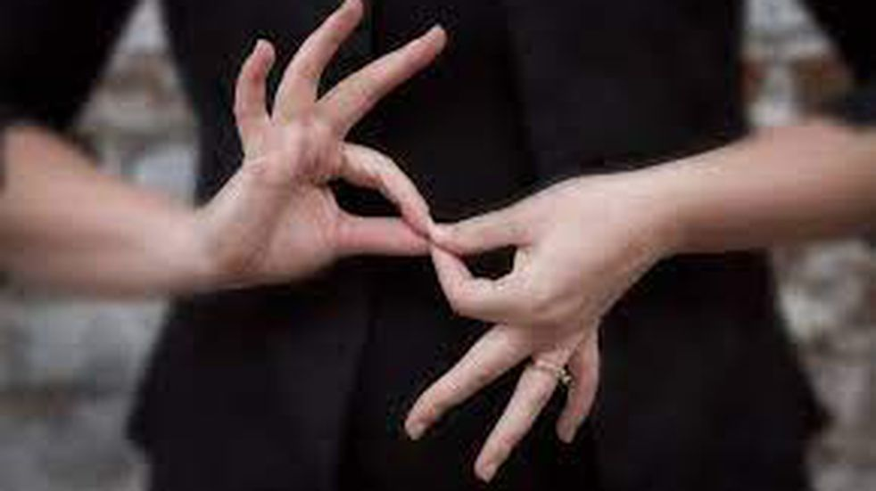 Proponen que el personal municipal reciba capacitaciones en lenguaje de señas
