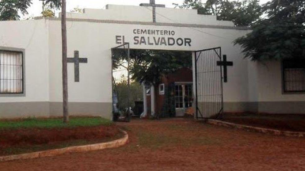 Ingreso Cementerio de Iguazú