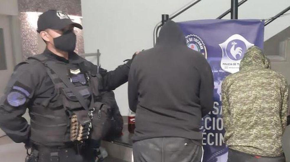 Dos hermanos fueron aprehendidos por un violento robo