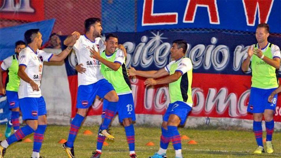Güemes goleó a Juventud Unida por 3 a 0