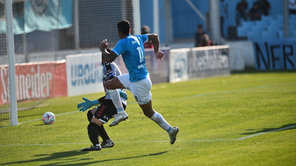 ¡Qué golazo, Rocky!: Balboa puso el 2-0 para Belgrano ante Chacarita