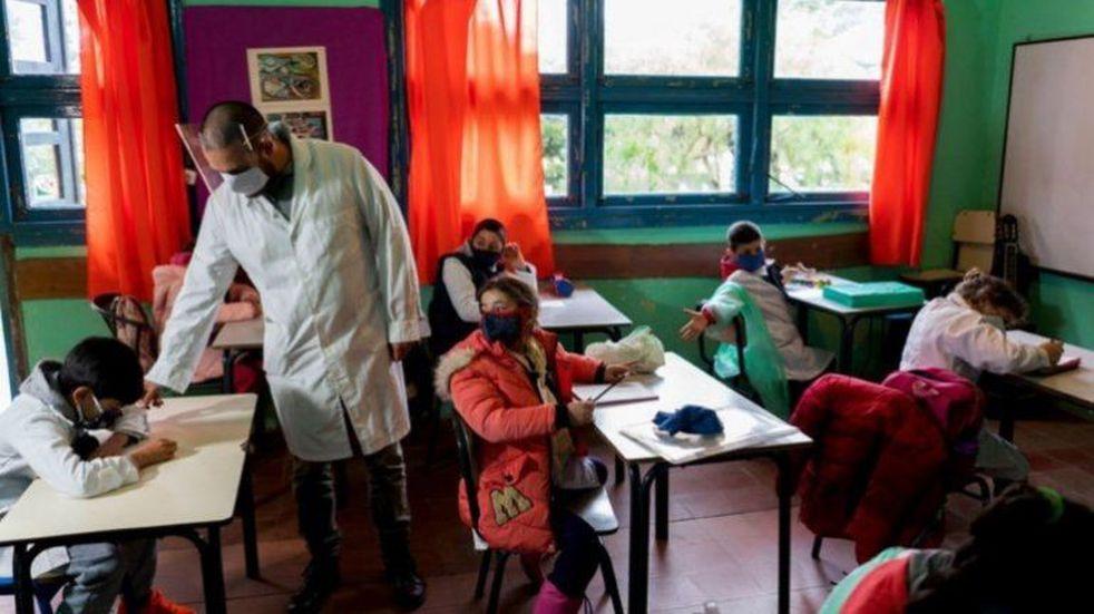 Ratificaron la continuidad de clases presenciales en toda la provincia