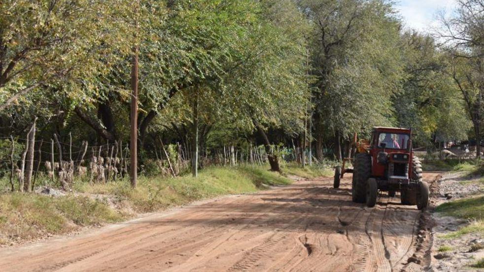 Tareas de arreglo de calles en Cura Brochero