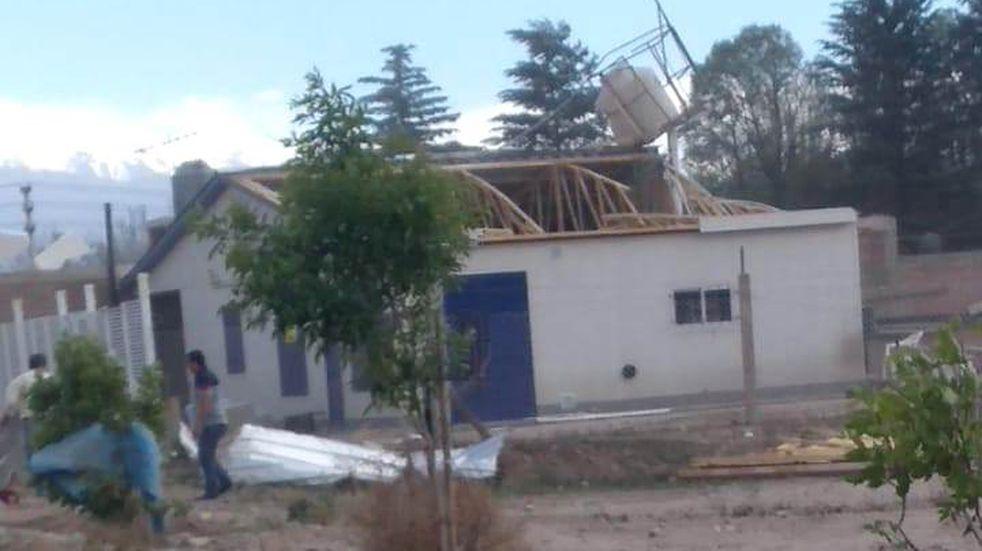 El fuerte viento provocó incidentes en Valle de Uco.