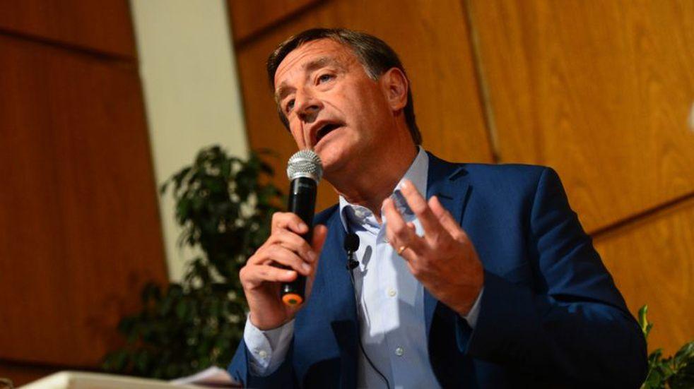 Minería en Mendoza: Rodolfo Suarez suspende la reglamentación de la ley