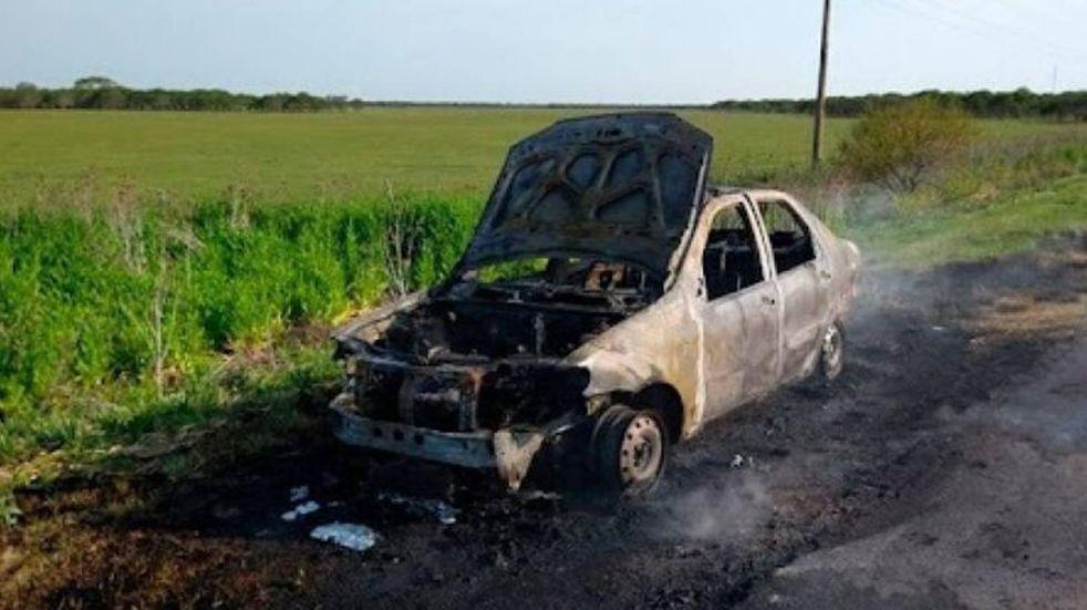 Incendio en la Ruta Nacional N°14 dejó con lo puesto a una familia que tenía como destino Montecarlo