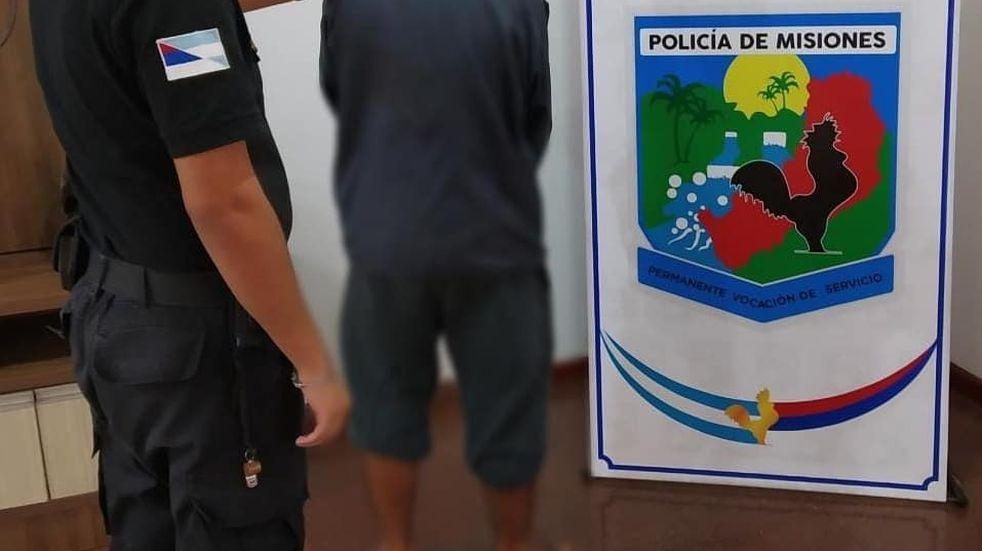 Dos jóvenes detenidos tras robar en un comercio