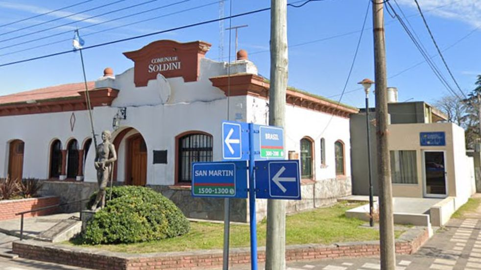 Retoman la actividad las oficinas de la Comuna de Soldini y el Correo local  (Facebook Comuna de Soldini)