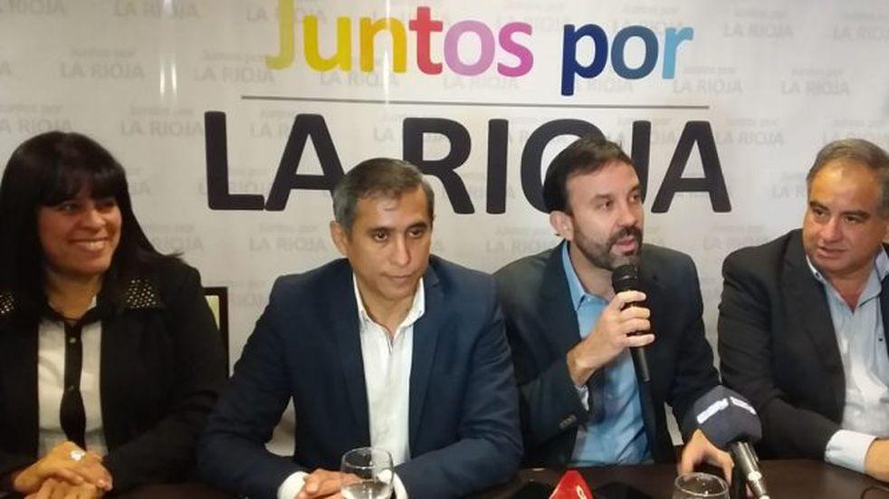 Juntos por La Rioja realizó la presentación de candidatos