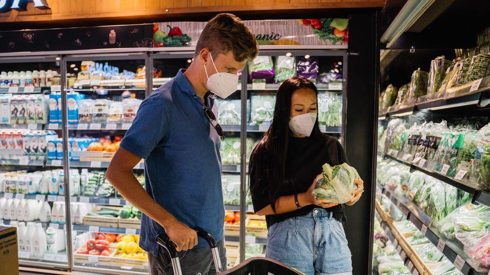La diferencia de precios en los supermercados de Argentina supera los $400 en algunos productos