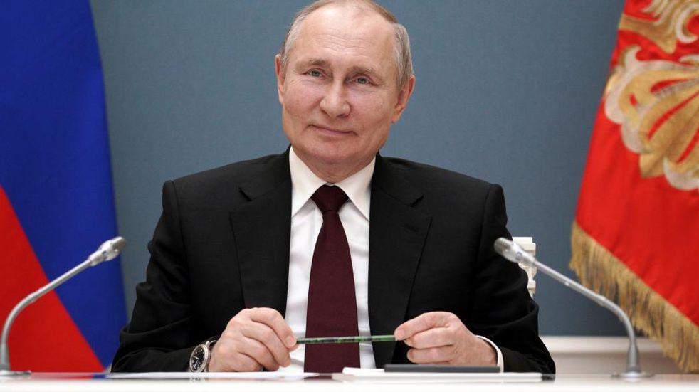 Vladimir Putin apoya el pedido de Biden para liberar patentes de vacunas contra el coronavirus
