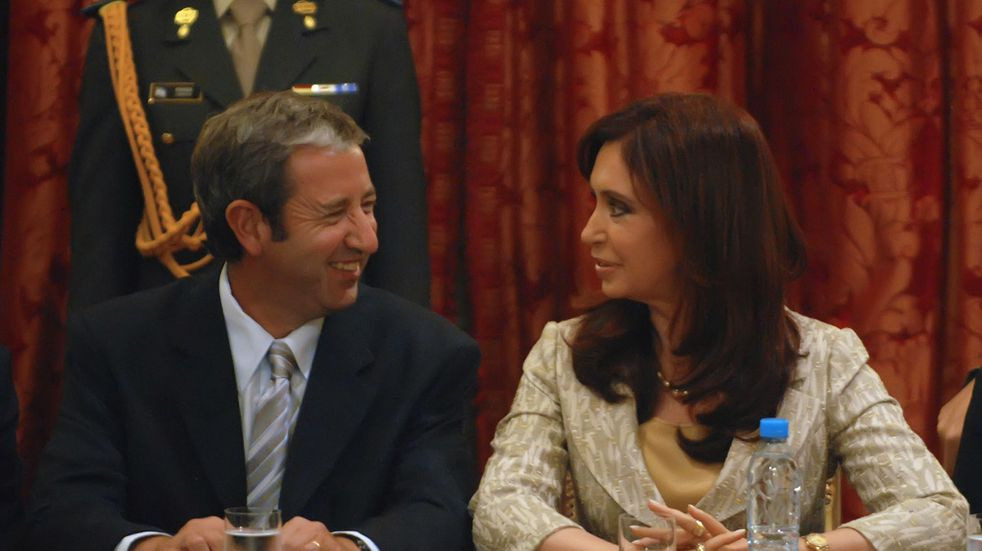 Otros tiempos: Julio Cobos y Cristina Fernández.