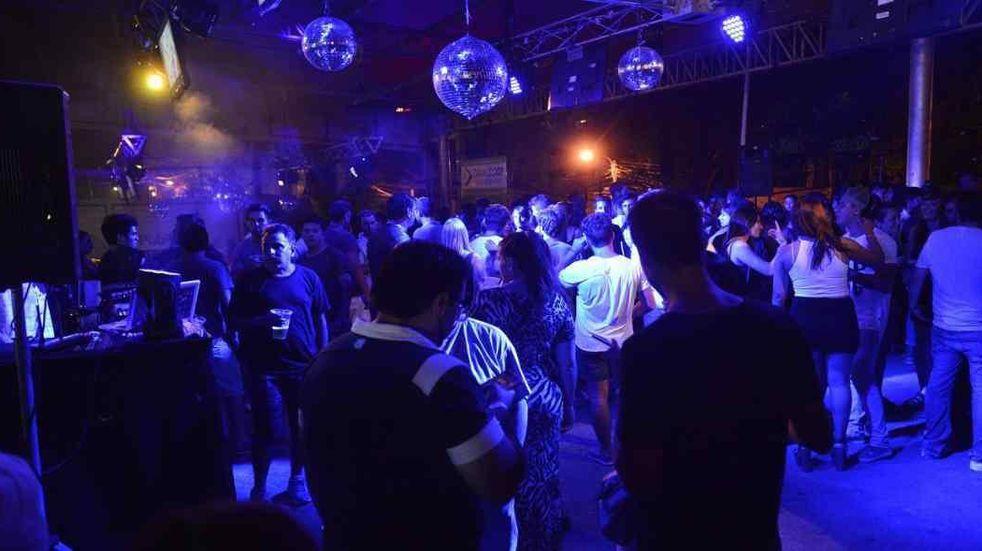 Coronavirus en Salta: desde este lunes están prohibidas los eventos en salones de fiesta