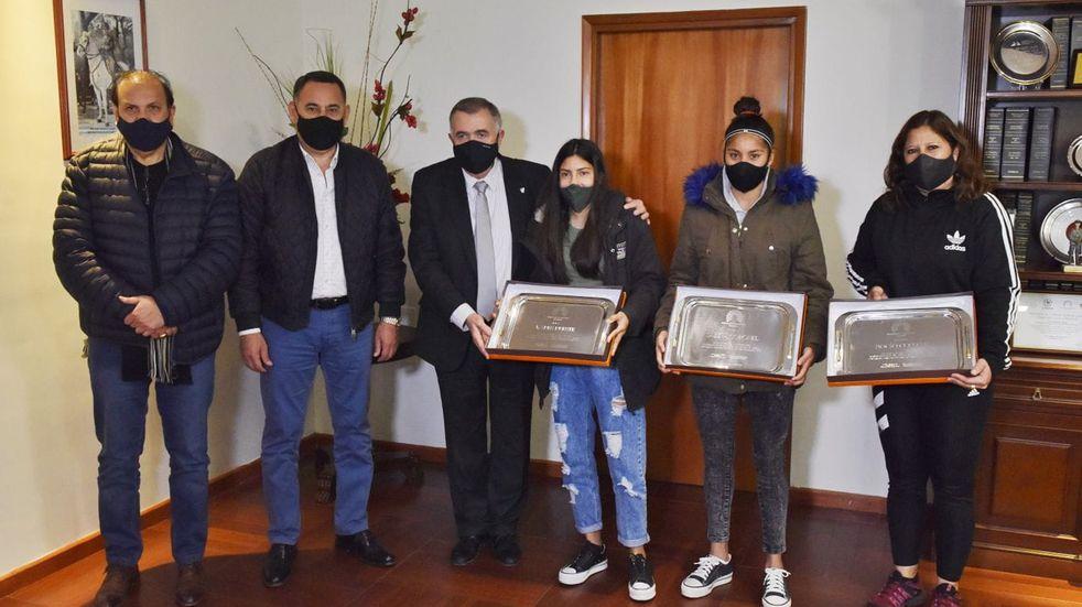 Las dos tucumanas campeonas con San Lorenzo fueron recibidas por Jaldo