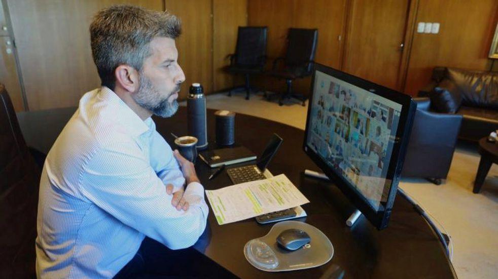 Ulpiano Suárez pidió que las comunas recauden el impuesto inmobiliario y automotor
