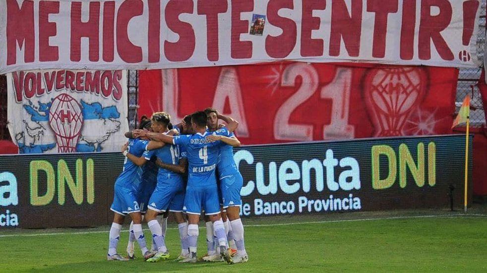 Vélez le ganó a Huracán en Parque Patricios por la cuarta fecha de la Copa de LPF