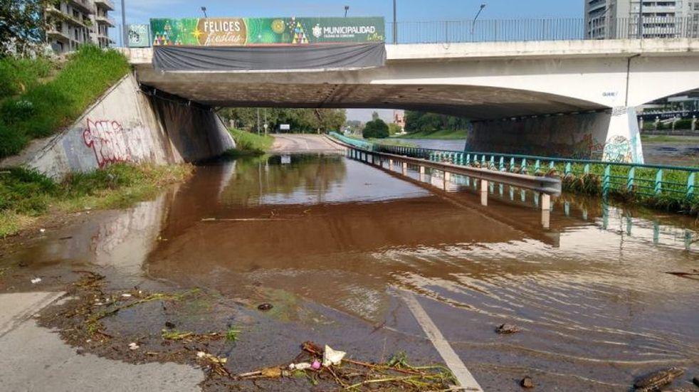 Lluvias en Córdoba: permanece cerrada la Costanera