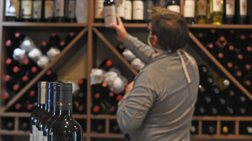 Subastan 97.000 botellas desde $1.050.000 tras quiebra de vinoteca de Rosario
