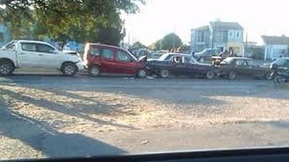 Choque en cadena hizo colapsar el tránsito en la autopista La Banda-Santiago