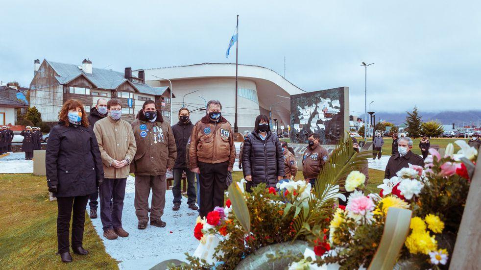 Se llevó a cabo el acto en conmemoración del 39° aniversario del hundimiento del Crucero ARA General Belgrano