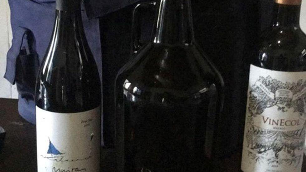 Villa La Bolsa: rompieron la vidriera de una vinería y se llevaron mercadería