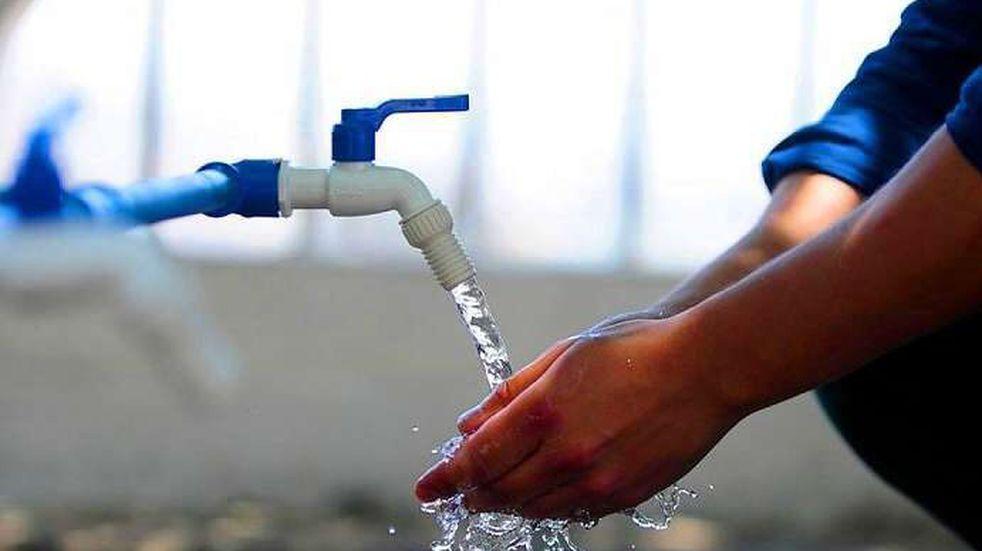 Córdoba: la oposición solicita que se congele la tarifa del agua potable