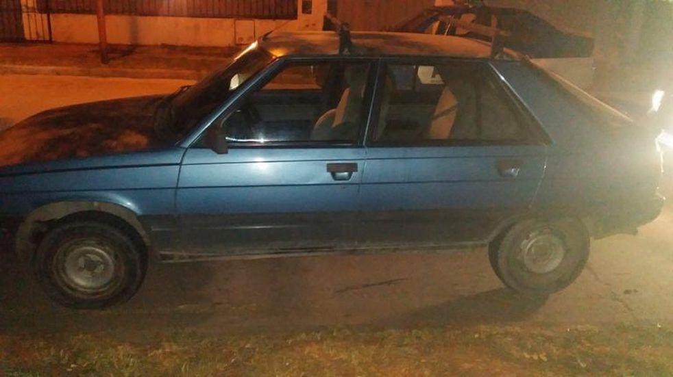 Alta Gracia: dejó estacionado el auto en la puerta de su casa y se lo robaron