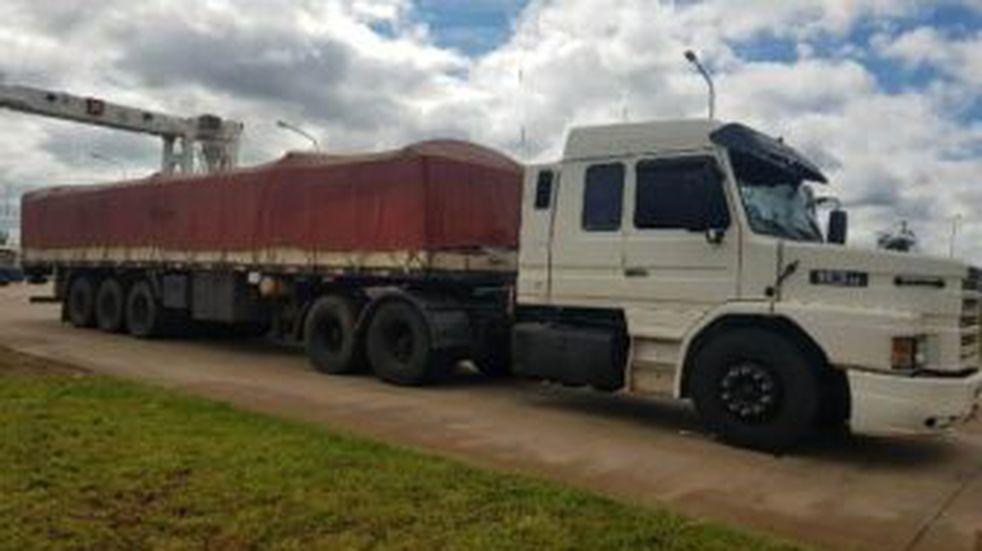 Interceptaron un camión con más de cuatro toneladas de marihuana en el cruce San José