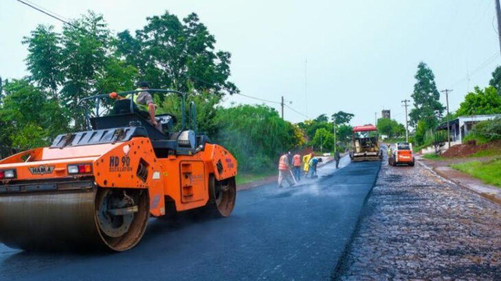 San Pedro: Vialidad Provincial asfalta 23 cuadras en zonas urbanas y rurales