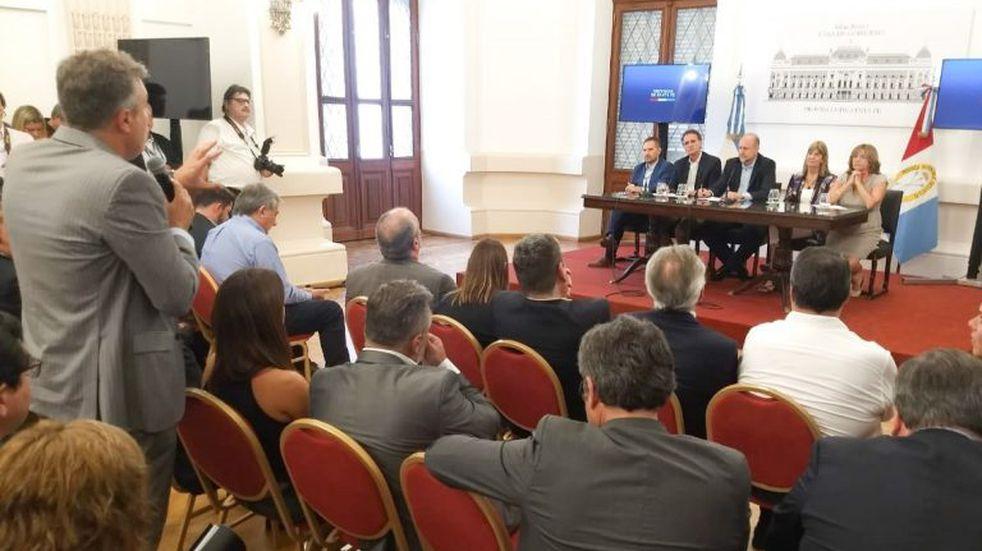 Luis Castellano pidió que las licitaciones de las obras públicas se descentralicen