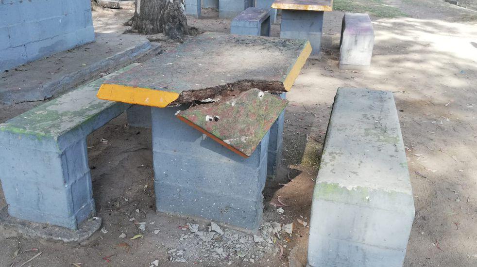 Roturas en el Balneario Municipal de Arroyito