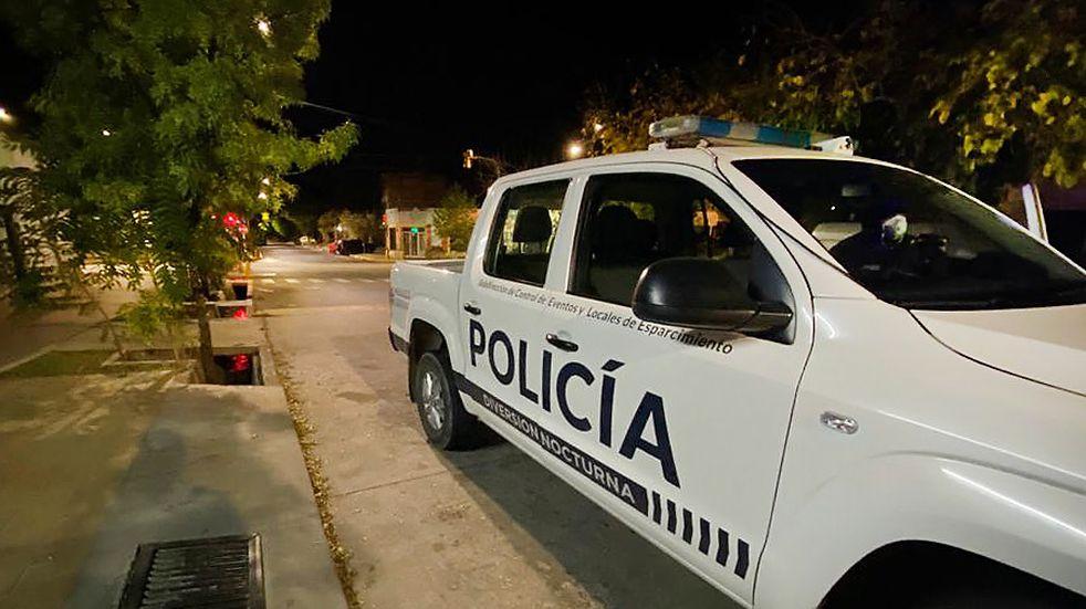 Desactivaron dos fiestas clandestinas y un torneo de fútbol en Mendoza