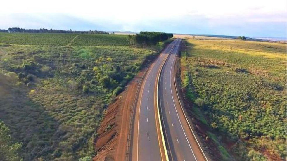 Iniciaron obras para dar continuidad a la autovía de la Ruta Provincial N°105.