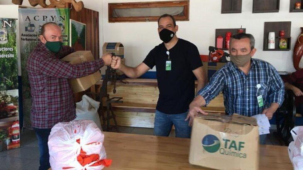 Andresito: el INYM entregó indumentaria para 58 tareferos