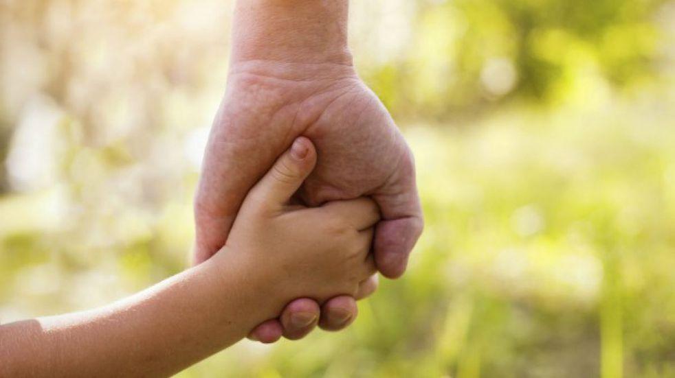 Un total de 256 familias se anotaron para adoptar niños en Santa Fe: cómo es el proceso